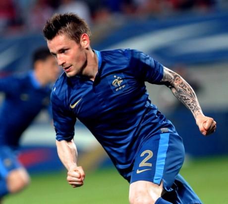La Roma su Mathieu Debuchy dell'Arsenal