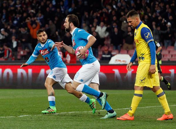 Napoli-Chievo 3-1