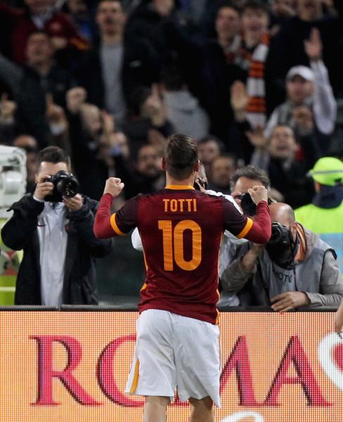 AS+Roma+v+Torino+FC+Serie+A+9Ndt70ZkLNil