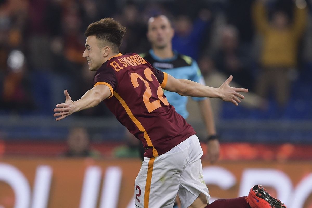 ROME, ITALY - JANUARY 30:  AS Roma player Stephan El Shaarawy celebrates the goal during the Serie A match between AS Roma and Frosinone Calcio at Stadio Olimpico on January 30, 2016 in Rome, Italy.  (Photo by Luciano Rossi/AS Roma via Getty Images)